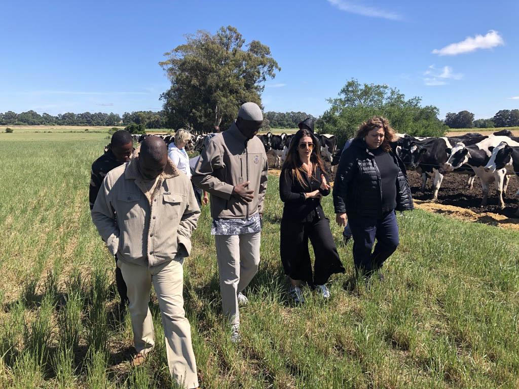 El responsable de la División Agro del Ejercito de Nigeria visita Argentina